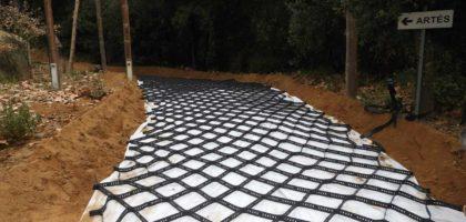 Estabilización camino forestal con el geotextil GEOBASIC y GEOCELDAS